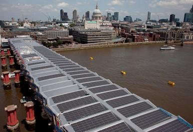 Строительство моста Blackfriars в Лондоне