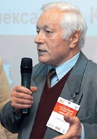 Леонард Смирнов