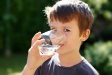 Вода стала любимым напитком нашего сына