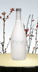 Вода Eau Fine Natural Artesian Water