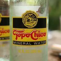 Вода Topo Chico