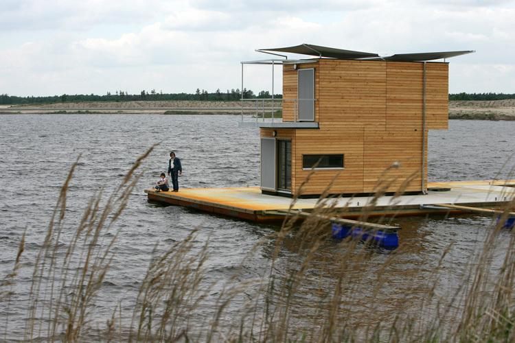 Дом на берегу своими руками