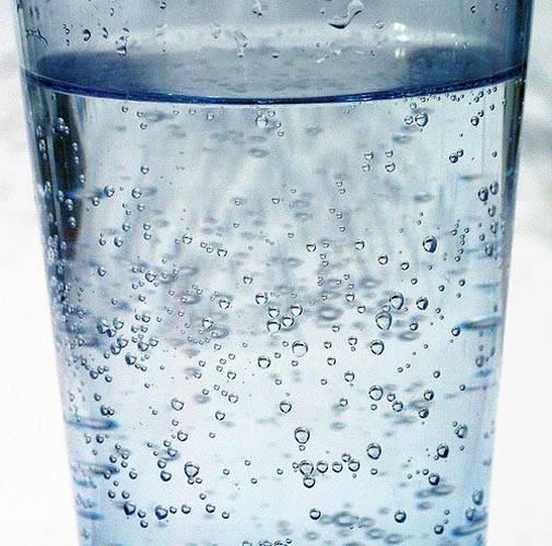 Обычно для газирования воды